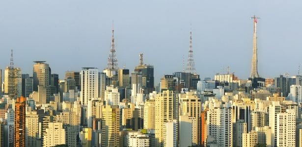 """Panorama: São Paulo tem disputas acirradas pelo """"top 3"""", """"top 5"""" e """"top 10"""" em períodos gerais de audiência"""
