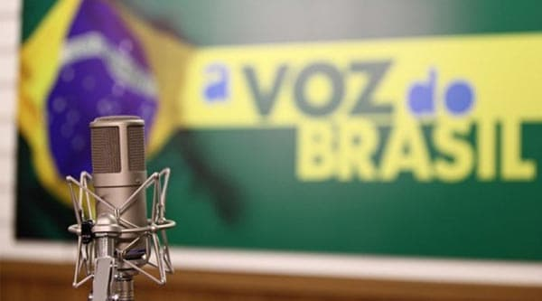 A Voz do Brasil completa 83 anos no ar com transmissão flexibilizada em todo o Brasil