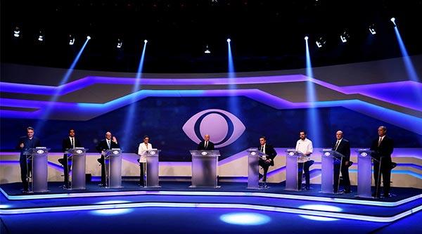 Transmissão do debate realizado na Band gera recorde de visualizações no YouTube