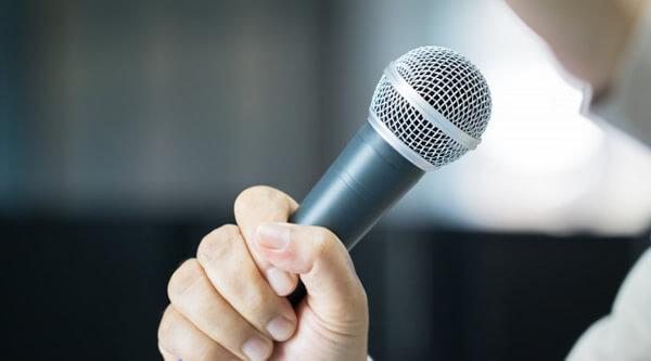 450 comunicadores buscam se eleger neste ano