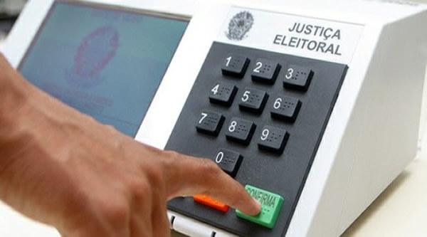 Horário Eleitoral retorna ao Rádio a partir do dia 12 para a disputa do segundo turno
